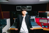 """藤原 聡(Official髭男dism)がDJのFM802""""MUSIC FREAKS""""、9/8にリスナー20組40名を迎え番組公開収録を実施決定"""