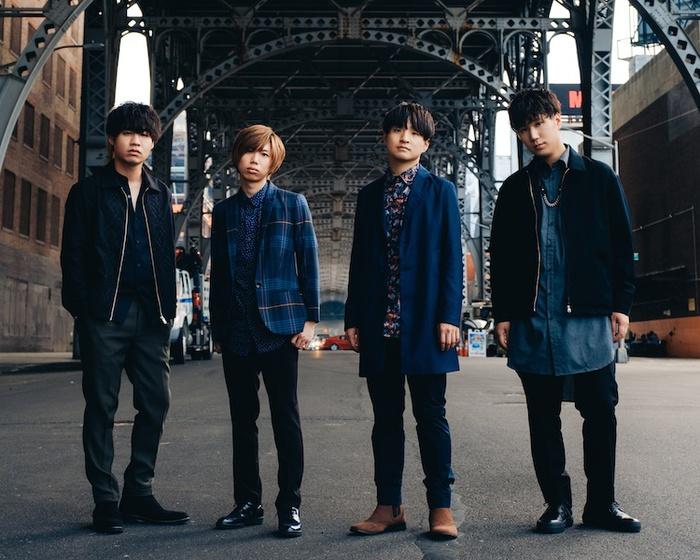 Official髭男dism、10/9リリースのメジャー1stアルバム『Traveler』ジャケ写公開。初回盤収録予定NHKホール公演映像のダイジェスト公開