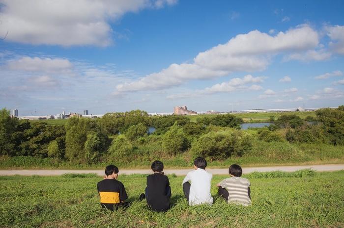 篠塚将行(それでも世界が続くなら)プロデュースのヒヨリノアメ、10/19開催の結成4周年記念東京ワンマンをもって山崎一樹(Dr)が脱退