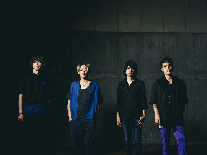 """Nothing's Carved In Stone、ニュー・アルバムのタイトルが""""By Your Side""""に決定。新アー写も公開"""