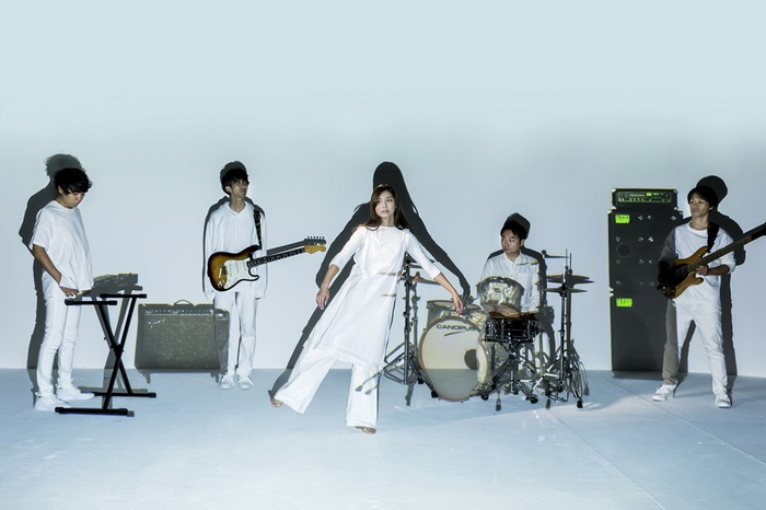 植田真梨恵、25時間生配信完走。配信中に制作した「I JUST WANNA BE A STAR」MV公開