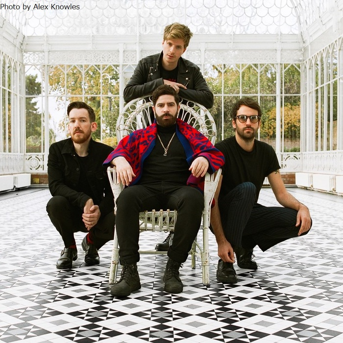FOALS、10/23リリースのニュー・アルバム『Everything Not Saved Will Be Lost - Part 2』より「Into The Surf」MV公開