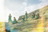BiSH、ニュー・シングル『KiND PEOPLE / リズム』よりアイナ・ジ・エンド作曲、モモコグミカンパニー作詞の新曲「リズム」MV&新アートワーク公開