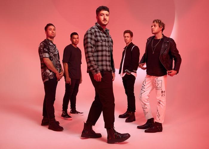 ニュージーランドの国民的ロック・バンド SIX60、ニュー・アルバム『Six60』より日本で撮影の映像使用したMV「Please Don't Go」公開