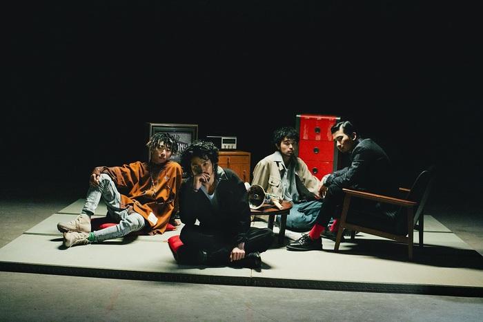 """King Gnu、1/15リリースのニュー・アルバム『CEREMONY』収録の新曲「ユーモア」がRPG""""ロマンシング サガ リ・ユニバース""""1周年記念TVCMソングに決定"""