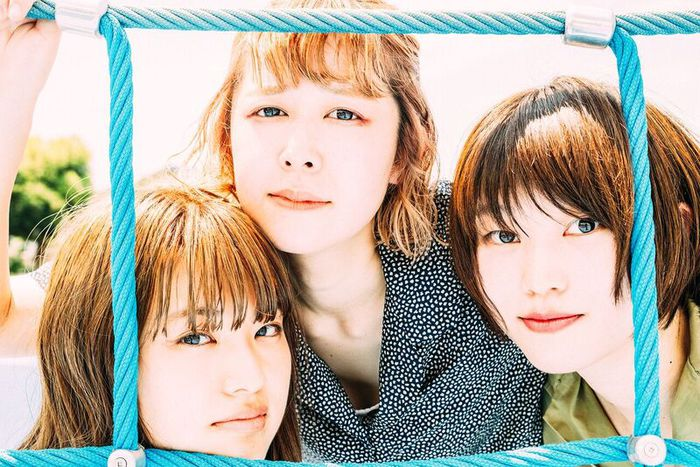 Lucie,Too、12/4リリースのEP『CHIME』ジャケ写&収録曲「あなたの光」MV公開
