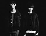 斎藤宏介(UNISON SQUARE GARDEN)と須藤 優による新バンド XIIX、1/22リリースの1stアルバム『White White』より「Light & Shadow」MV公開