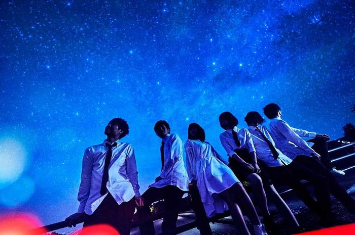 H△G、ニュー・シングル『赤い髪の少女』配信リリース&表題曲MV公開