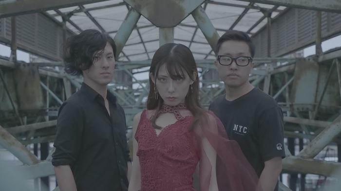 カミツキ、1/29リリースのニュー・ミニ・アルバム『Xgate』よりリード・トラック「DPS」MV公開