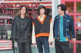 "ex-Shiggy Jr.の原田茂之(Vo/Gt)、森 夏彦(Ba)、諸石和馬(Dr)によるメンズ・ポップ3人組バンド""Weekend Brothers""、1stデジタル・シングル「最高な1日を」リリース。結成祝したコメントも"
