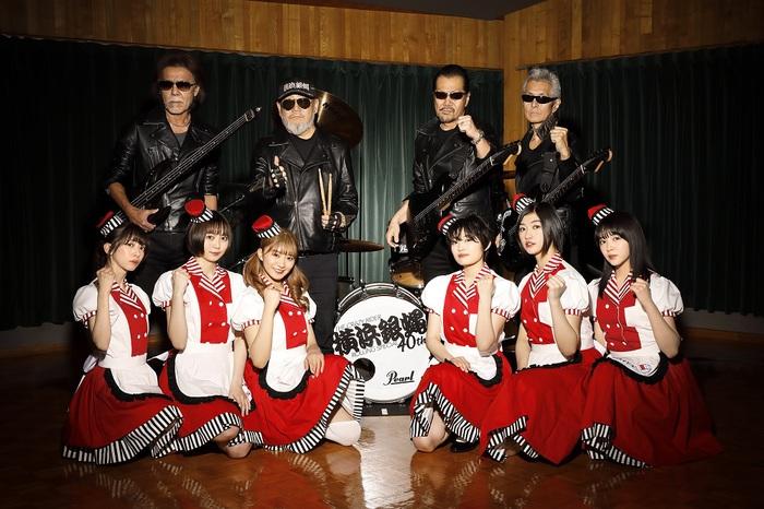 私立恵比寿中学、横浜銀蝿の大ヒット・ナンバーを「ツッパリ High School Rock'n Roll ( バイト編 )」としてカバー
