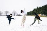 北海道在住の3ピース・ロック・バンド KALMA、メジャー・デビュー日となる明日3/4にYouTube Live生配信決定
