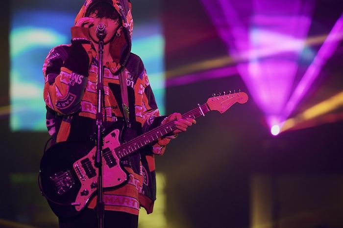 """米津玄師、""""2020 TOUR / HYPE""""大阪公演以降を中止および延期"""