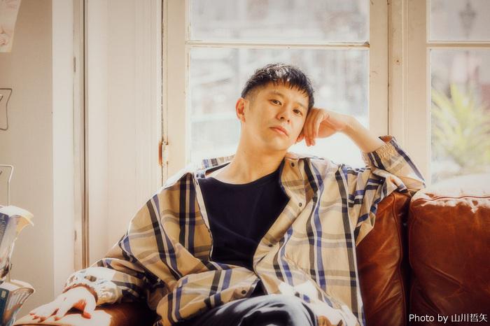 Keishi Tanaka、Kan Sanoプロデュースの新曲「The Smoke Is You」本日4/15デジタル・リリース。レコーディング風景収めたトレーラー映像も公開