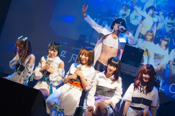 gokitei_live2.jpg