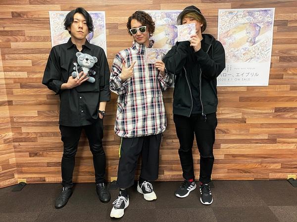 saji_LINE_LIVE.jpg