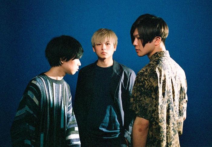 新世代3ピース・ロック・バンド Plot Scraps、5/20リリースの3rdミニ・アルバム『INVOKE』リード曲「Teardrop」MV公開
