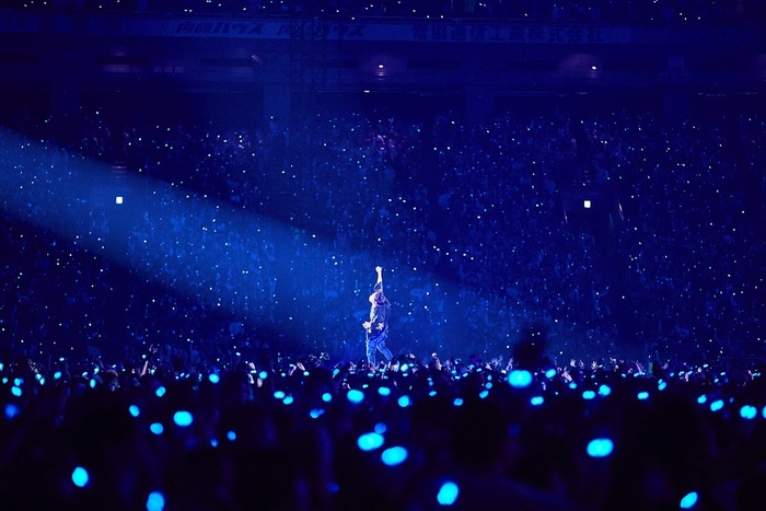 UVERworld、明日7/1リリースの東京ドーム公演映像作品『UNSER TOUR at TOKYO DOME 2019.12.19』ダイジェスト映像公開