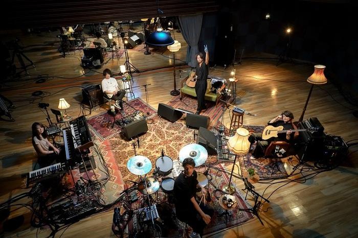 [Alexandros]、8/26リリースの自身初コンセプト・アルバム『Bedroom Joule』CD収録楽曲&特典映像の詳細発表
