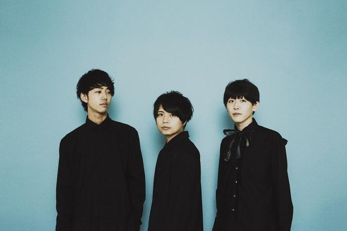 独創的なサウンドと歌声が特徴的な3人組 popoq、8/5リリースの2ndミニ・アルバム『Crystallize』より「crystal」MV公開