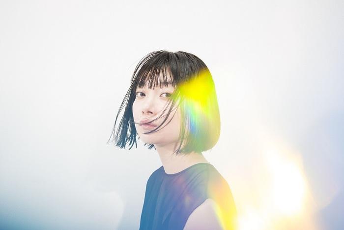 三浦透子、初のオリジナル作品『ASTERISK』より曽我部恵一が手掛けた楽曲「ブルーハワイ」MV公開