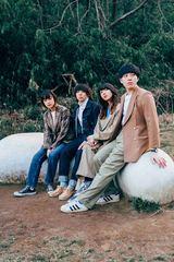 Crispy Camera Club、フォトブック+マキシ・シングルCD『Apartment Dreams』9/9に500枚限定リリース決定