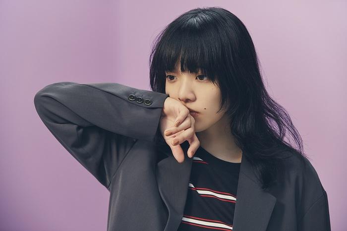 あいみょん、3rdアルバム『おいしいパスタがあると聞いて』収録の新曲「朝陽」明日8/21より先行配信。MVプレミア公開も決定