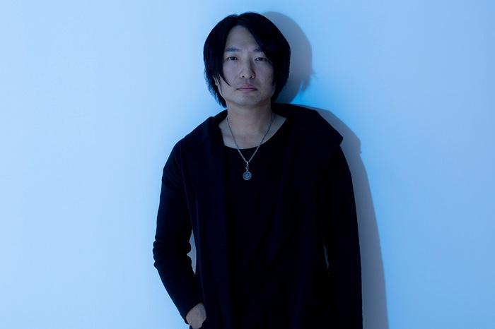 飯田カヅキ(strange world's end)、初ソロ・アルバム『惨密』リリース。リード・トラック「沈む風」サンド・アートを取り入れたMV公開