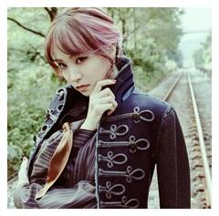 LiSA_HOMURA_TSUJO_rgb.jpg