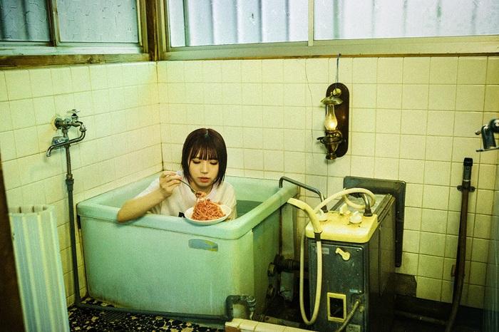 BiSHアユニ・Dによるソロ・プロジェクト PEDRO、2ndフル・アルバム『浪漫』より「空っぽ人間」MV公開