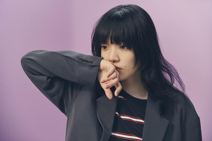 あいみょん、3rdアルバム『おいしいパスタがあると聞いて』より「チカ」MVを本日20時にプレミア公開