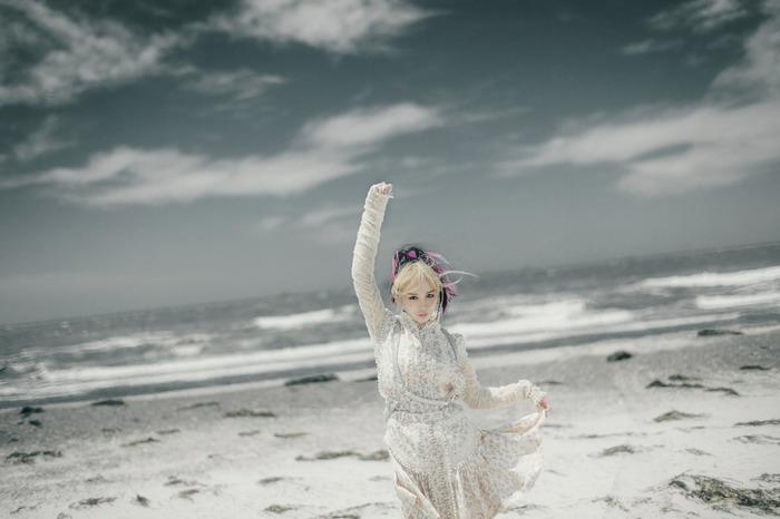 大森靖子、大沢伸一(MONDO GROSSO)がアレンジ担当した新曲「NIGHT ON THE PLANET -Broken World-」10/28配信リリース決定。アルバム『Kintsugi』詳細発表