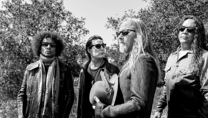 ALICE IN CHAINS、記念トリビュート・コンサートが無料配信。Billy Corgan(THE SMASHING PUMPKINS)、Taylor Hawkins(FOO FIGHTERS)らによるパフォーマンスも