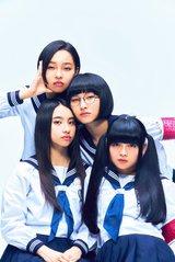"""新しい学校のリーダーズ、""""88rising""""と契約締結。""""ATARASHII GAKKO!""""名義で来年1月世界デビュー"""