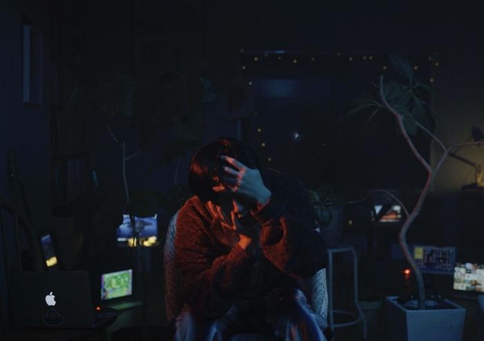 Helsinki Lambda Club、2ndフル・アルバム『Eleven plus two / Twelve plus one』収録曲「Happy Blue Monday」MV公開