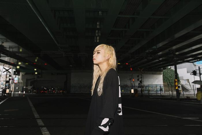 (sic)boy、KMフル・プロデュースの1stアルバム『CHAOS TAPE』リリース・パーティーが12/12渋谷VISIONにて開催。アルバム客演陣によるゲスト・ライヴも