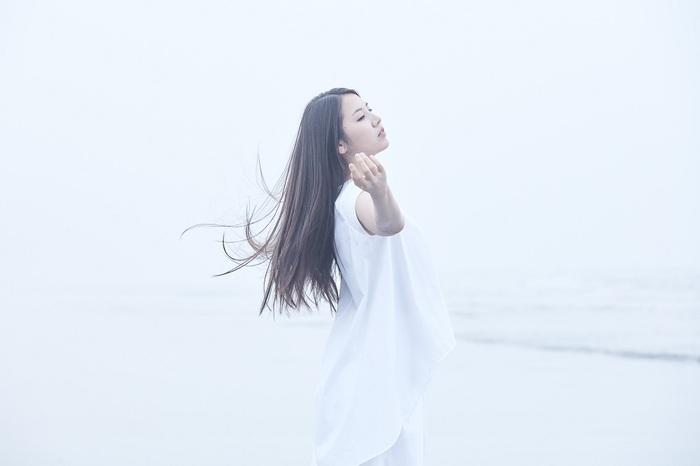 阿部真央、初のカバー・アルバム『MY INNER CHILD MUSEUM』より「千本桜」リリック・ビデオ公開