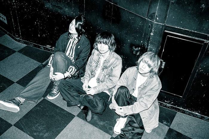 "Maki、全国ツアー""大四喜""2月公演ゲストにKALMA、KAKASHI、moon dropら決定。ファイナル・シリーズとして3月に東名阪でバンド史上最大規模の公演も追加"