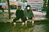 """AFOC佐々木亮介&アオキテツによる""""SATETSU""""、デジタル・アルバム『SUPER CHILL』より「スーピー」MV公開"""