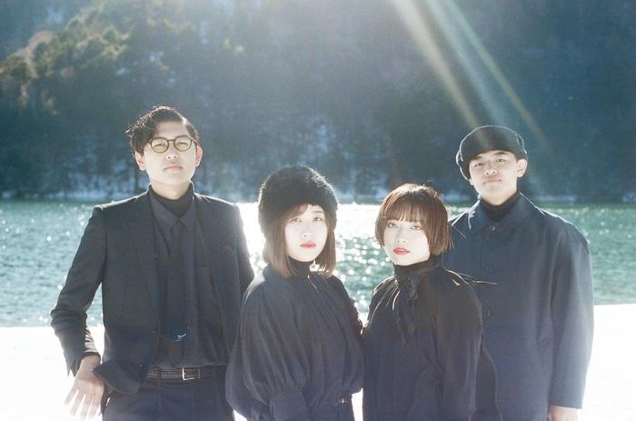マッシュとアネモネ、本日2/26リリースのデジタル・シングル「マドワク」MV公開