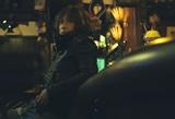 浅井健一が自身のあらゆる時代の楽曲をセッション。ニュー・アルバム『Caramel Guerrilla』初回生産限定盤の特典映像を先行公開