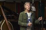 Paul McCartneyをDamon Albarn、BECK、Josh Homme(QOTSA)、ST. VINCENT、Phoebe Bridgersらがカバー。『McCartney III Imagined』リリース決定