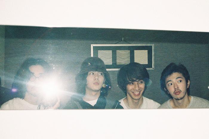 yonawo、バンド結成当初に披露していた幻の楽曲「浪漫」をサプライズ・リリース