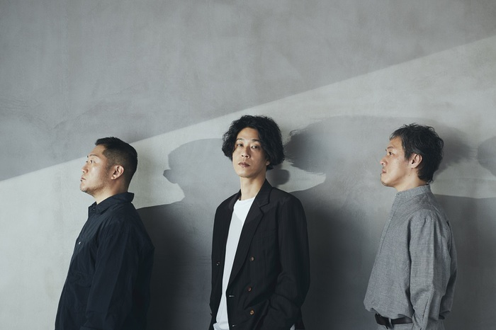 """GRAPEVINE、昨年開催した""""FALL TOUR 2020""""よりライヴ映像3週連続配信決定。第1弾「また始まるために」公開"""
