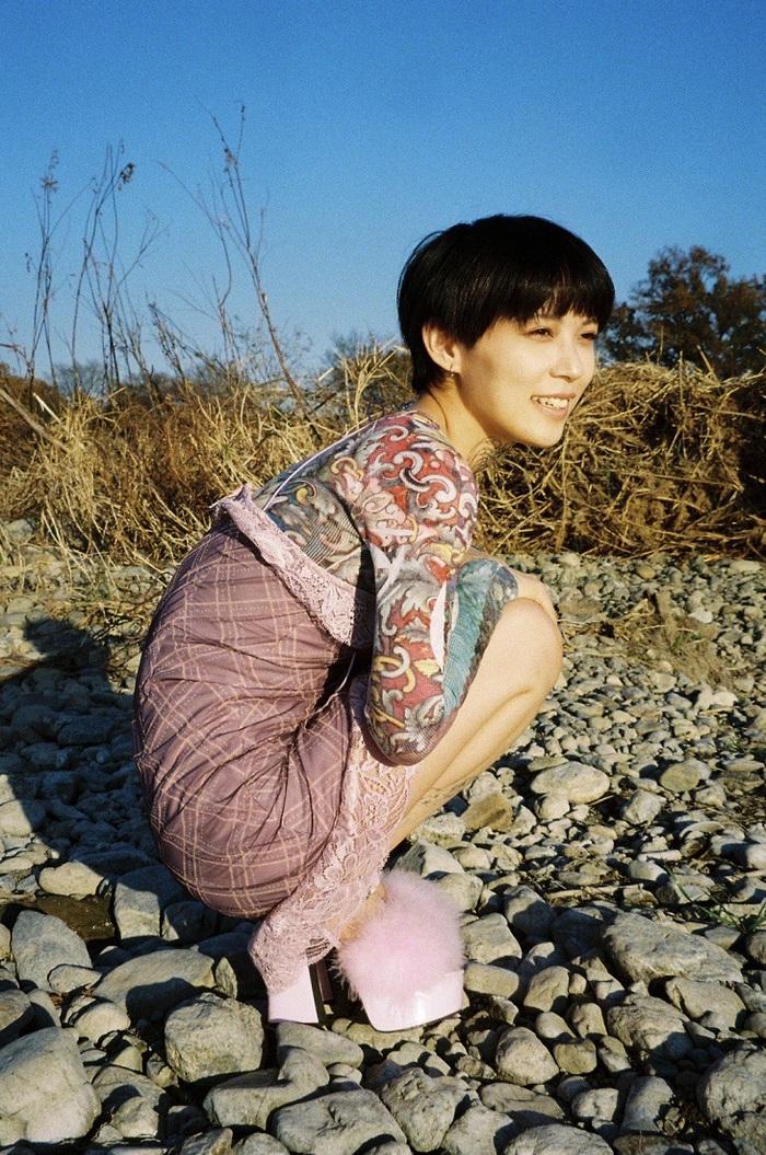 木下百花、2nd EP『また明日』リリース決定。明日4/10「家出」先行配信&MVプレミア公開。7月に東名阪ツアー開催も
