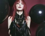 """LiSA、デビュー10周年ミニ・アルバム『LADYBUG』よりMAH(SiM)が楽曲制作に参加した「ViVA LA MiDALA」5/1放送のFM802""""802 Palette""""で初OA"""