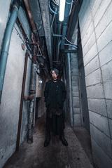 松本明人(真空ホロウ)、ソロEP『Torch.5』デジタル・リリース。森を彷徨い歩き続ける「言葉の綾」MV公開