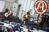"OAU、全国ツアー""OAU TOUR 2021 -Re:New Acoustic Life-""日比谷野外大音楽堂公演より「Thank You」&「Midnight Sun」ライヴ映像公開"