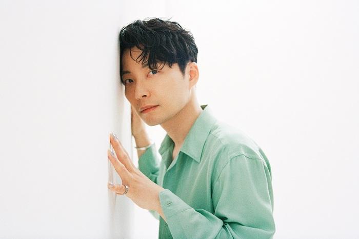 """星野源、6/23リリースのニュー・シングル『不思議/創造』初回限定""""感謝""""盤より「Hello Song」ライヴ映像公開"""