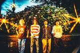 teto、3rdアルバム『愛と例話』8/4リリース決定&新アー写公開。中断していた47都道府県ツアーも再開